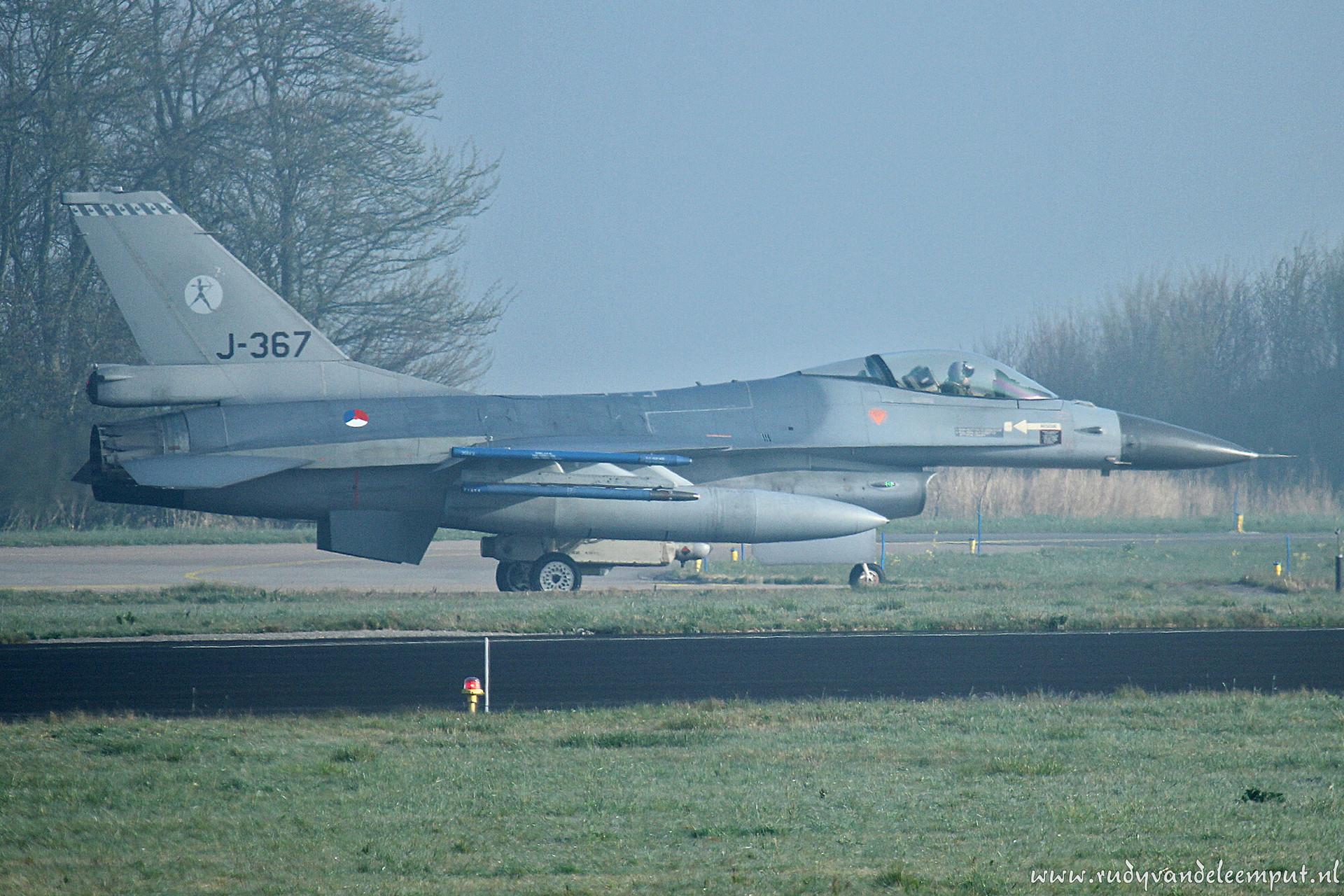 J-367   Build: 1987 - General Dynamics F-16 A Fighting Falcon