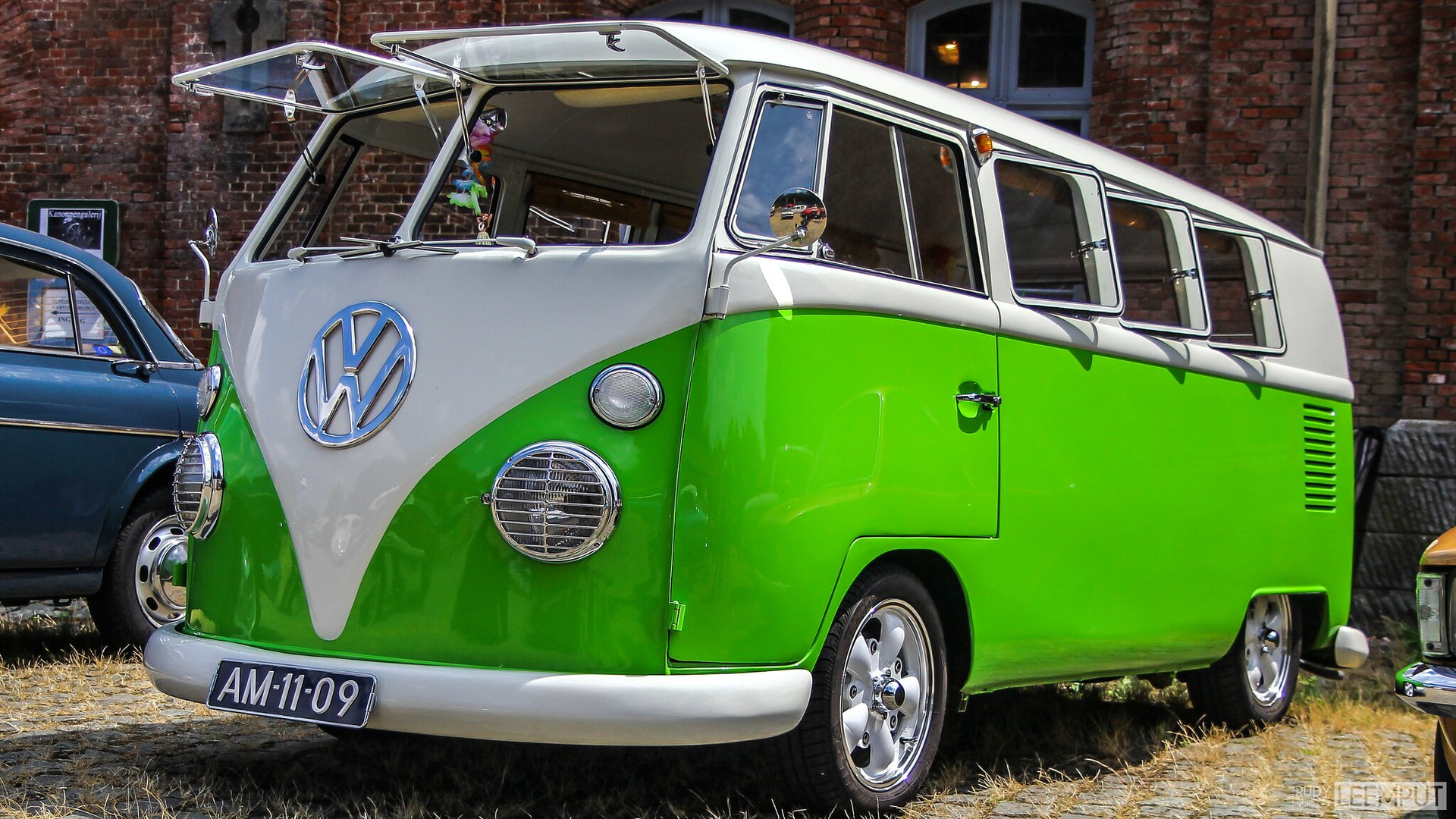 1965 | AM-11-09 | Volkswagen T1