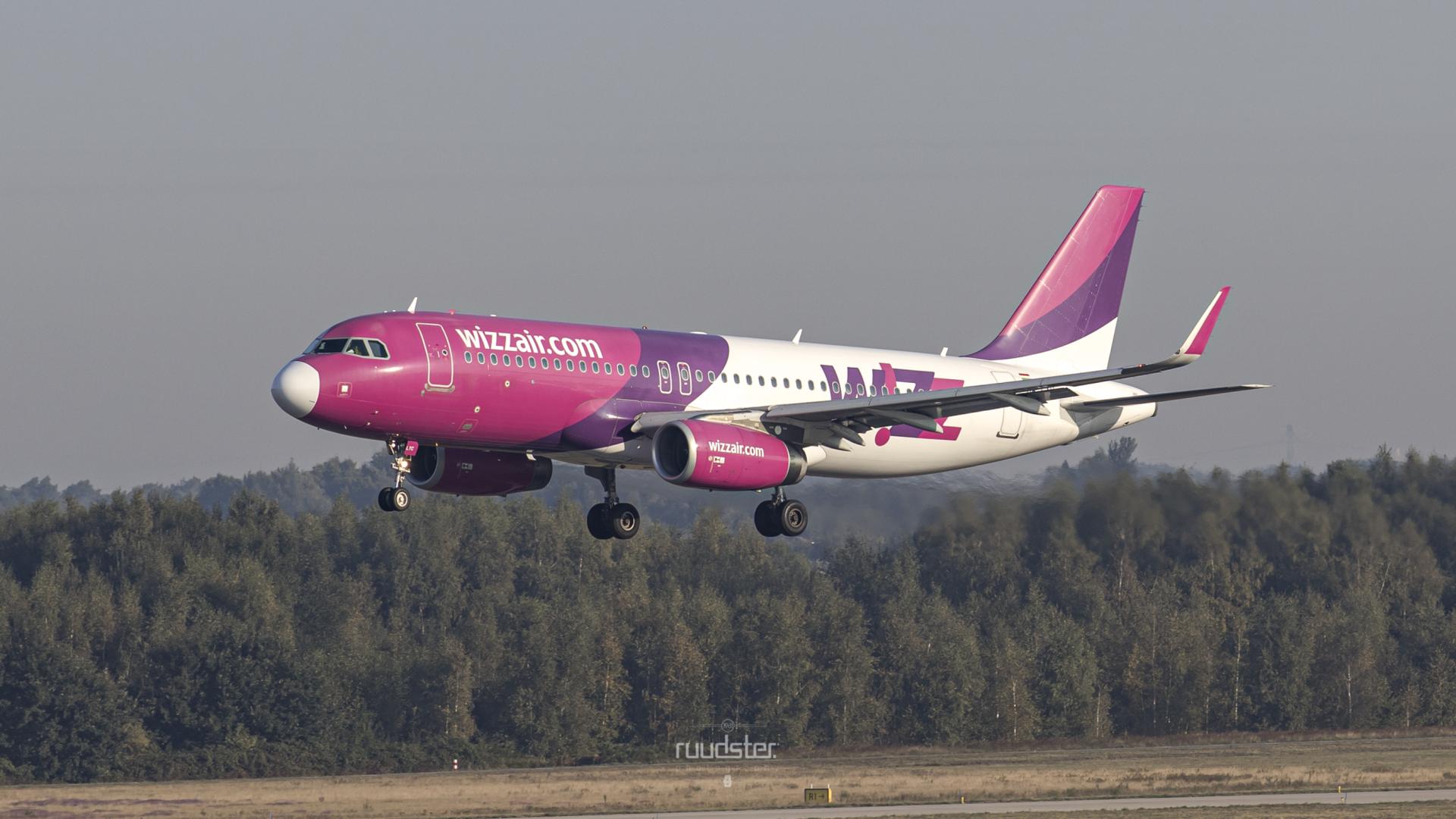 2014 | HA-LYC | Airbus A320-232