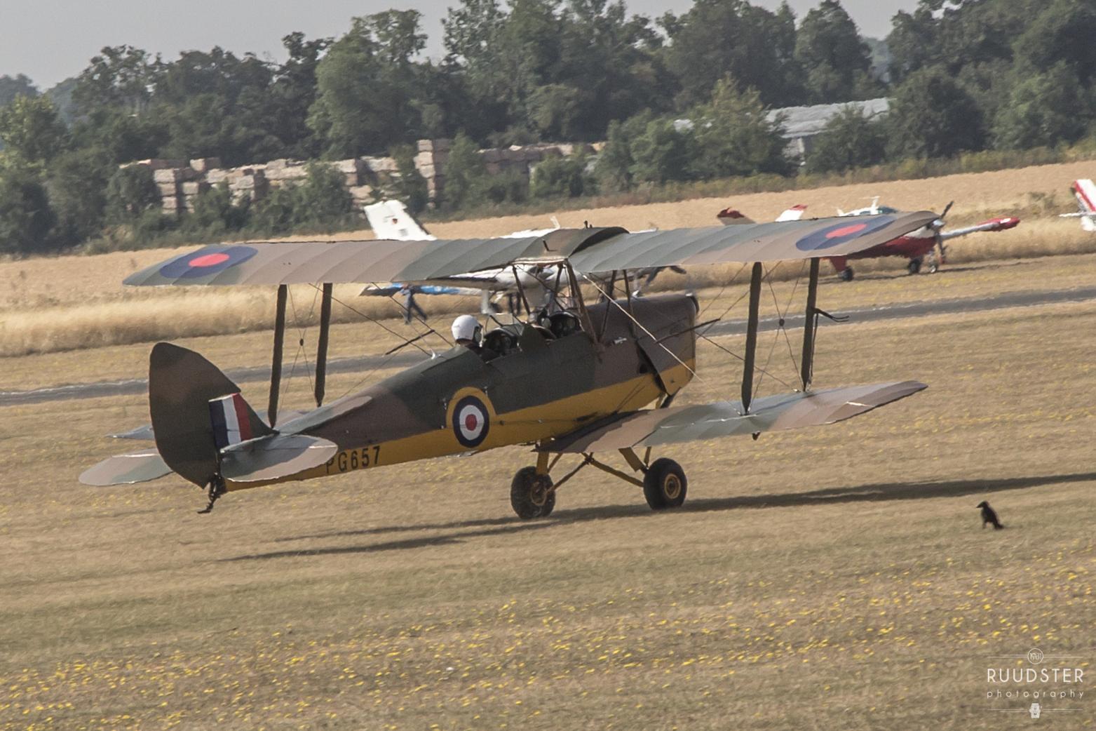 PG657 / G-AGPK   Build: 1945 - De Havilland DH82A 'Tiger Moth'