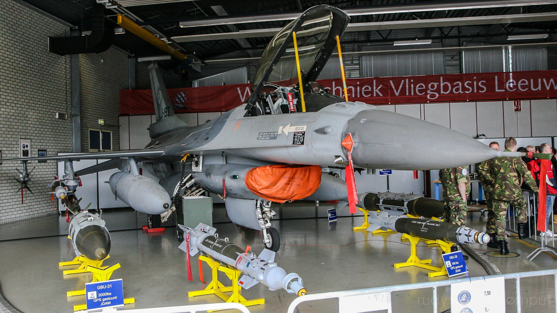 J-193   Build: 1985 - Lockheed Martin F-16 A Fighting Falcon