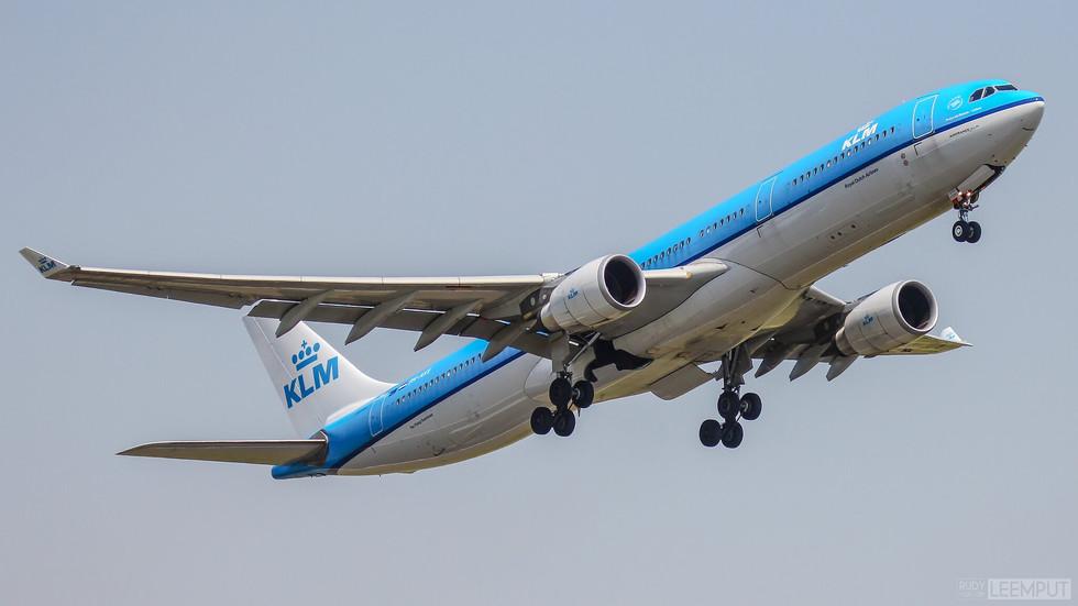 PH-AKE   Build: 2013 - Airbus A330-303