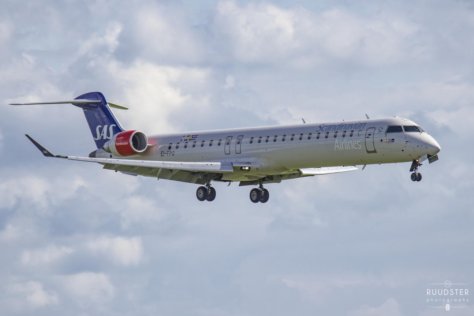 EI-FPD | Build: 2006 - Bombardier CRJ-900LR
