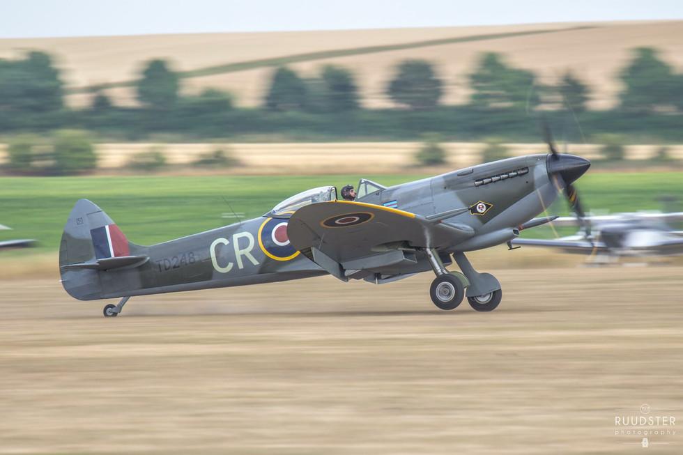 TD248 / G-OXVI | Build: 1945 - Supermarine Spitfire Mk.XVI