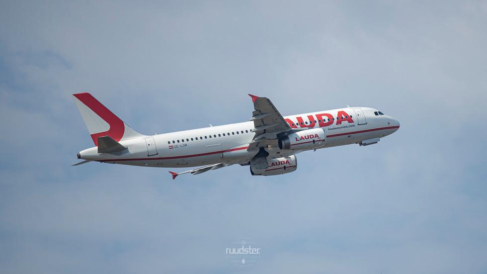 OE-LOM | Build: 2006 - Airbus A320-232