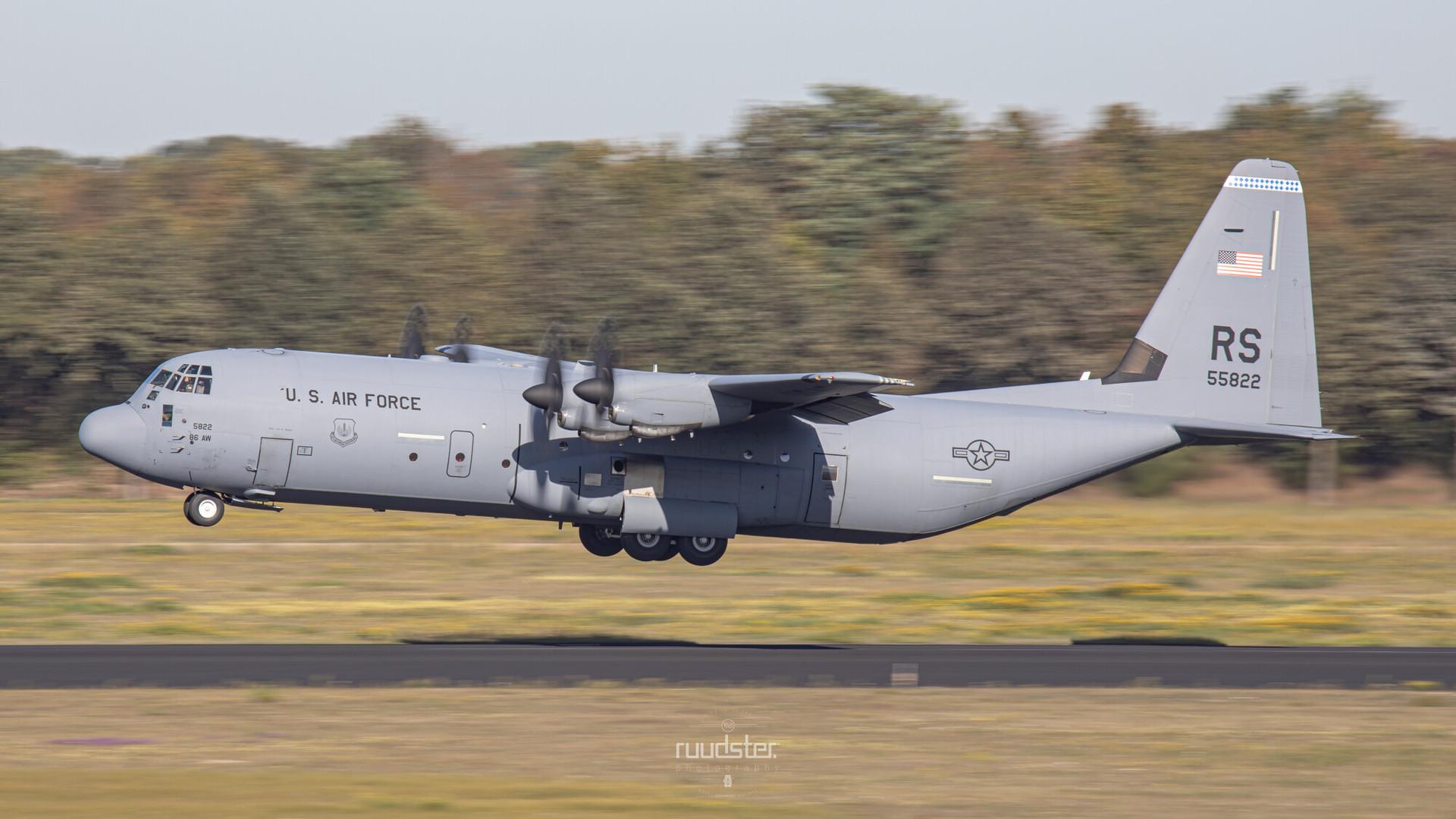 05-5822   Build: 2005 - Lockheed C-130J-30