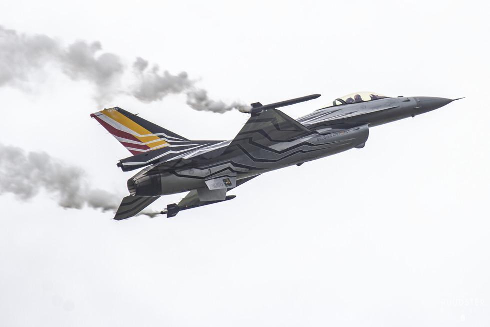 Foto: 11 juni 2016  open dagen luchtmacht EHLW   LWR  Leeuwarden AB