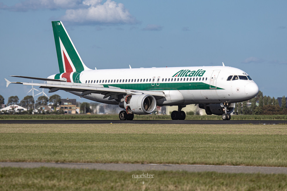 EI-DTM   Build: 2009 - Airbus A320-216