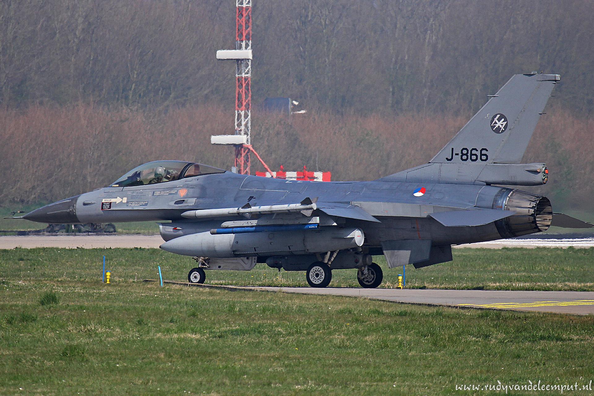 J-866   Build: 1984 - General Dynamics F-16 A Fighting Falcon