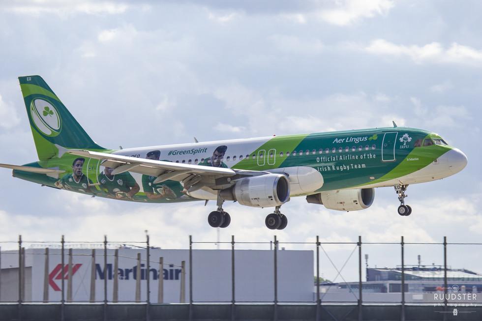 EI-DEO   Build: 2005 - Airbus A320-214