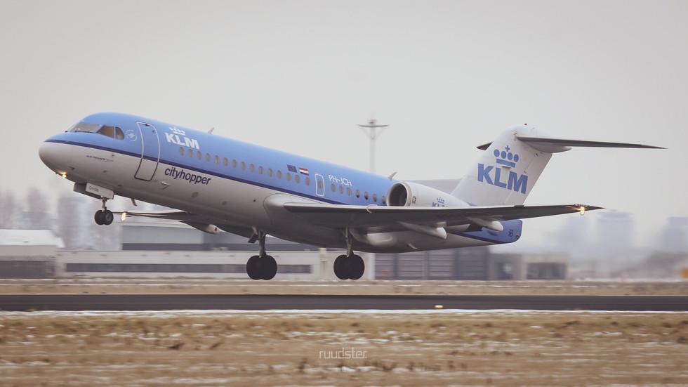 PH-JCH   Build: 1994 - Fokker F28-0070