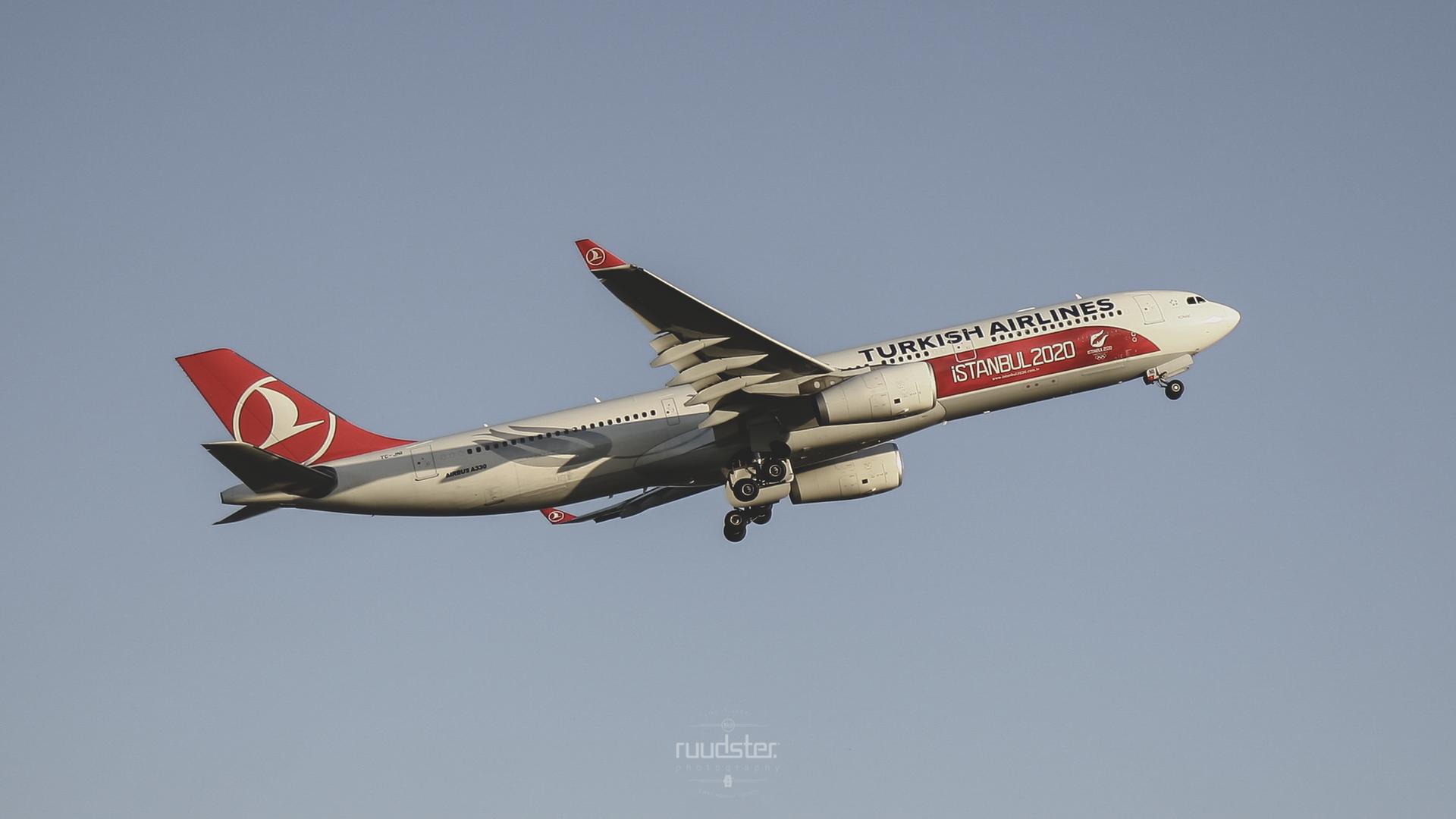 TC-JNI   Build: 2010 - Airbus A330-300