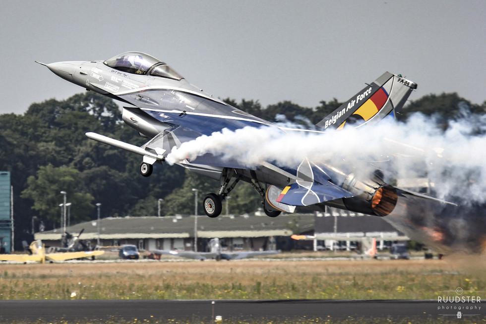 Foto: 20 & 21 juni 2014  Open dagen Luchtmacht EHGZ   Gilze Rijen AB