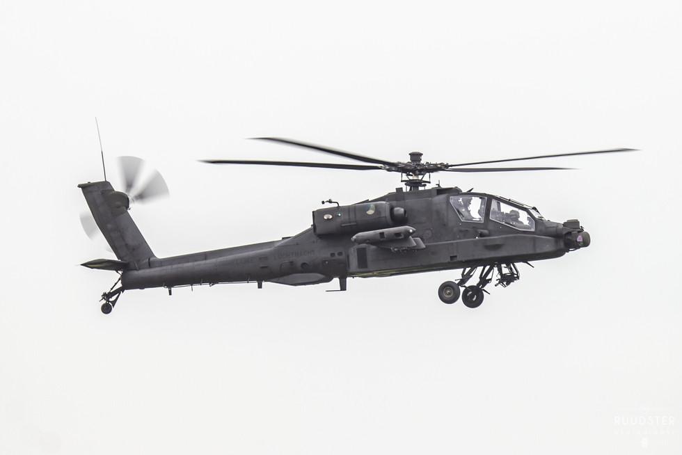 Q-24 | Build: 2002 - Boeing AH-64DN Apache