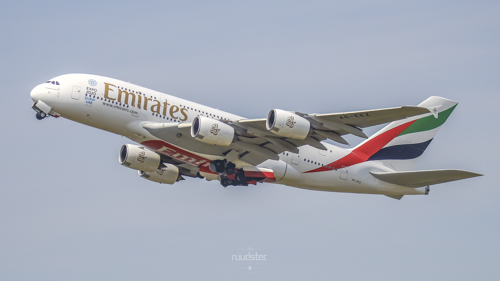 A6-EEZ | Build: 2014 - Airbus A380-800