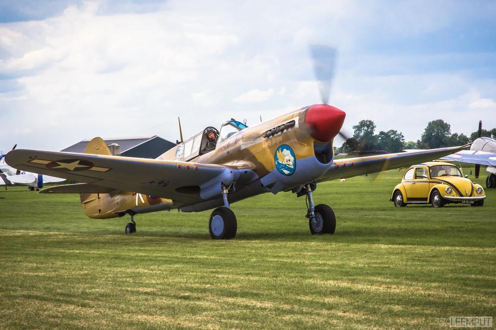 41-19841 / G-CGZP   Build: 1941 - Curtiss P-40F Kittyhawk