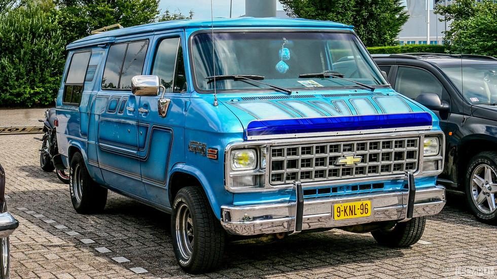 1982 | 9-KNL-96 | Chevrolet Chevy Van 20