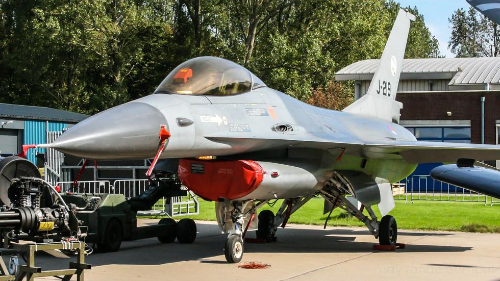J-219 | Build: 1980 - Lockheed Martin F-16 A Fighting Falcon