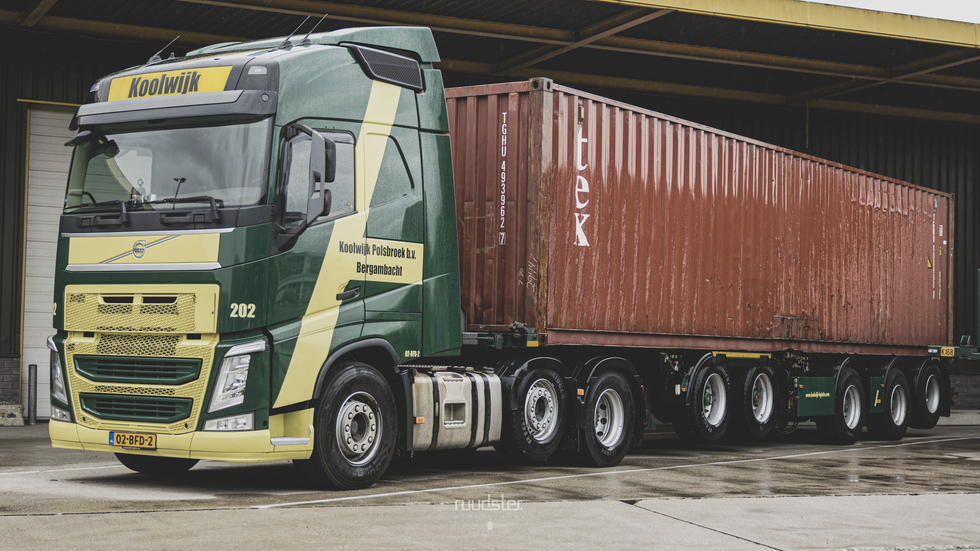 02-BFD-2   Build: 2014 - VOLVO FH