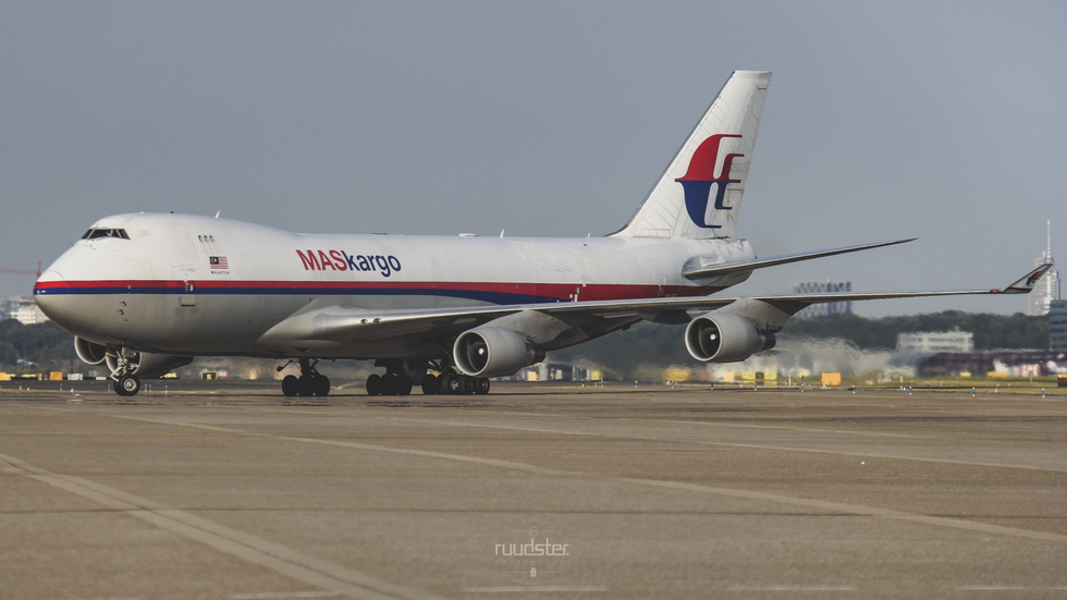 9M-MPS | 2006 | Boeing 747-400F