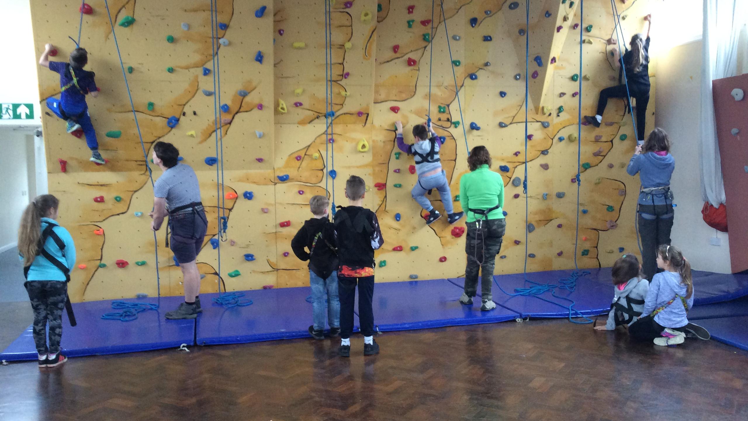 Conifers School Year 4 outdoor adventurous activities