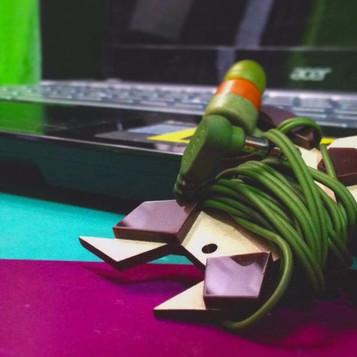 Diseño emocional y regalo corporativo: objetos que enganchan y enamoran