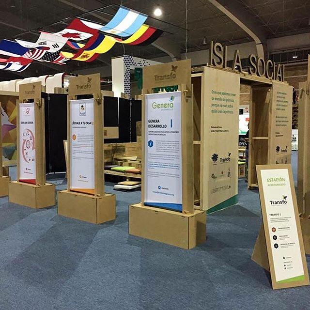 Material para evento / Porta banners sustentables