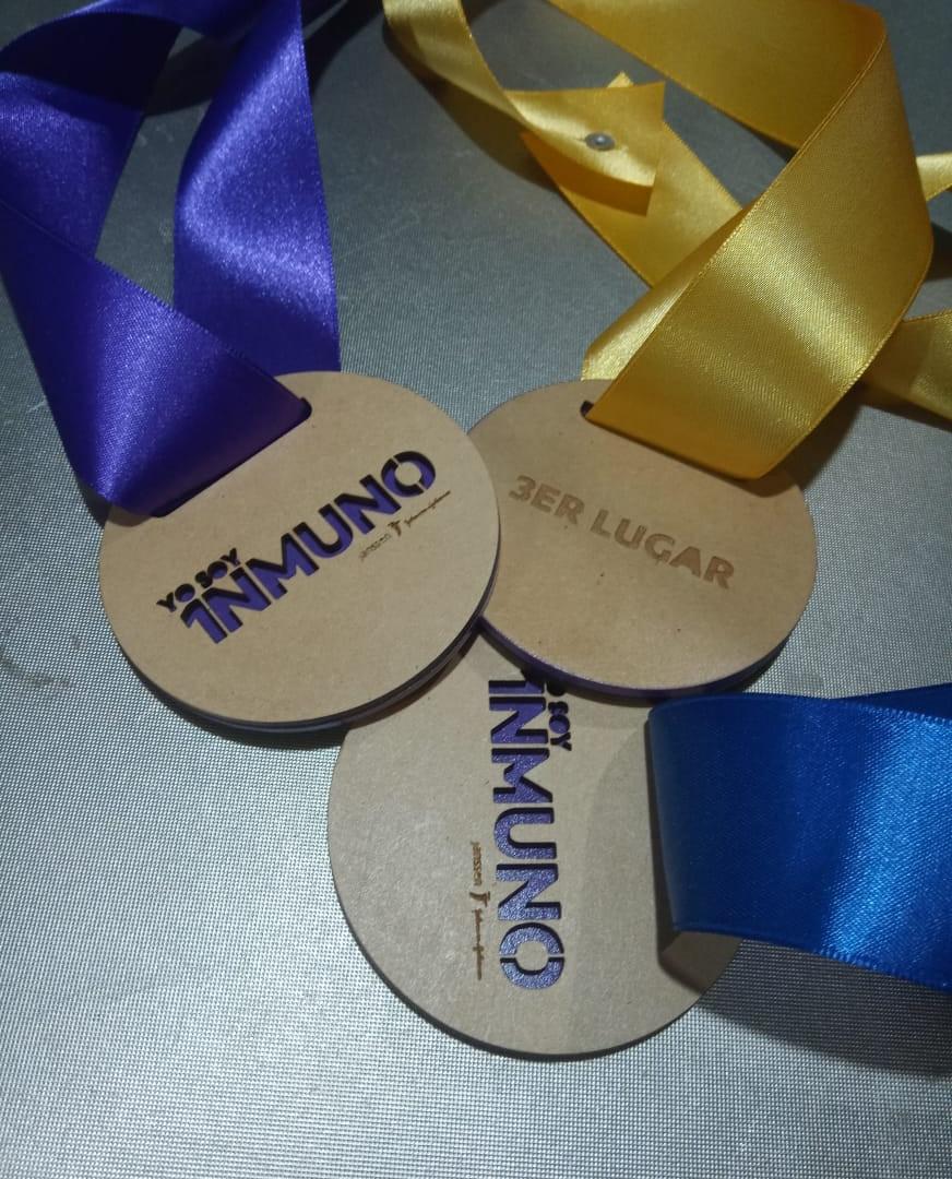 Medallas 01.jpg