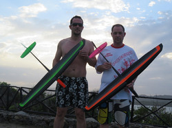 R_Two gliders 2