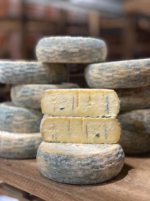 Queijo Azul de Bofete - leite de vaca