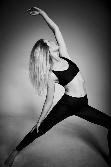 Leni Yoga18544 1.jpg