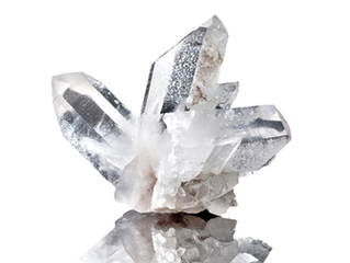 CLEAR QUARTZ                                   The Ultimate Healing Crystal