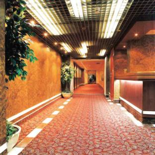 corridor-reception.jpg