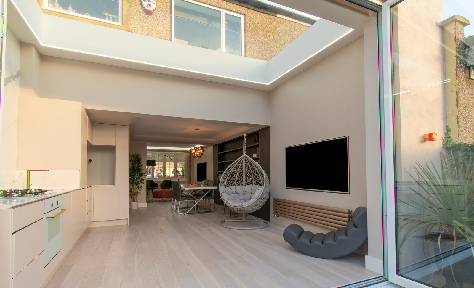 3 Metre Contemporary Luxury Kitchen Extension With Bespoke Kitchen