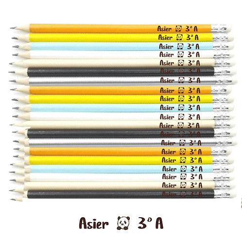 20 LÁPICES de madera de 19 cm CON SU NOMBRE y SU CLASE y un divertido dibujo.