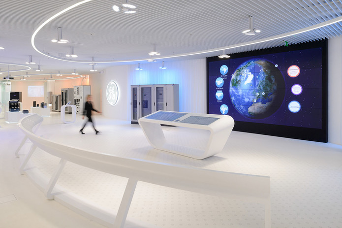 VIDEO WALL & DIGITAL SIGNAGE | QUBIX TECHNOLOGIES, BANGALORE