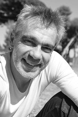 Olivier Duluc est écrivain public prosocial dans le Var et alentour.