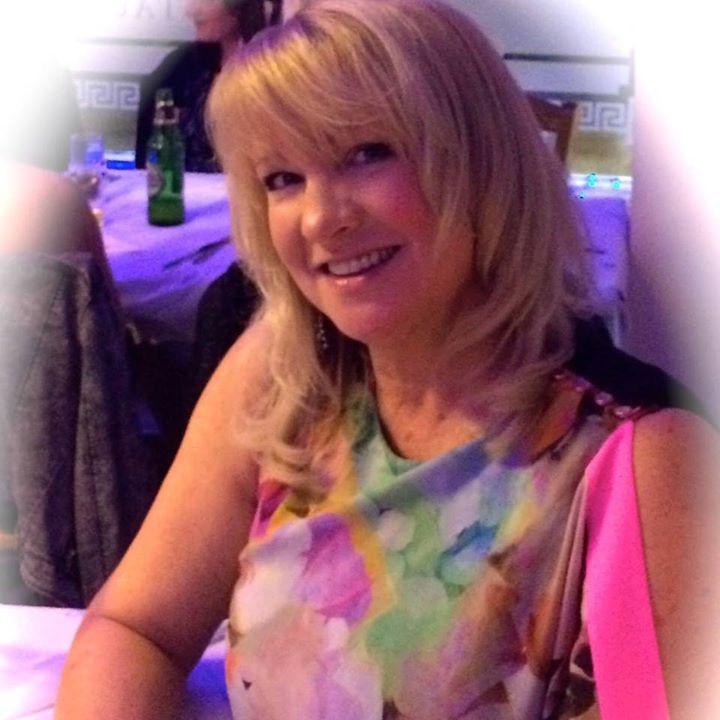 Join Avon, Become an Avon Rep, Become an Avon Representative, Applyreps.co.uk.  AVON