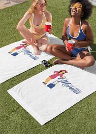towel-mockup-featuring-two-women-enjoyin