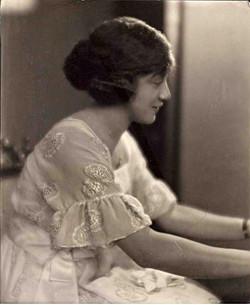 Hutchinson.Helen_.Hagan_.pianist.jpg