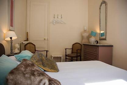Paris A Room in Paris B&B Room1 Chambres d'hôtes Chambre1