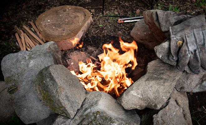 奥八女焚火の森キャンプフィールドBサイト直火焚火OKエリア