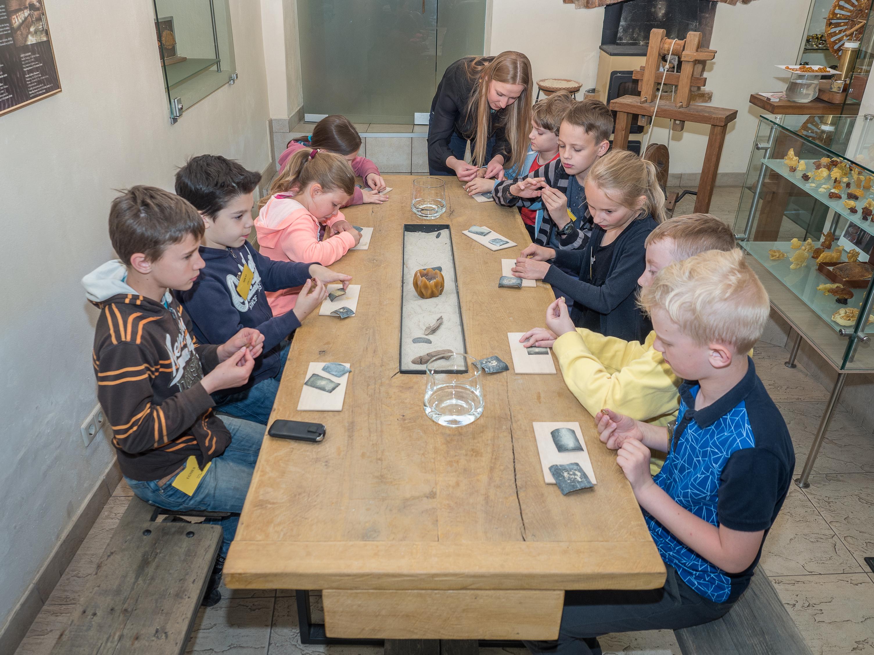 Gintaro galerija - dienos stovykla vaikams
