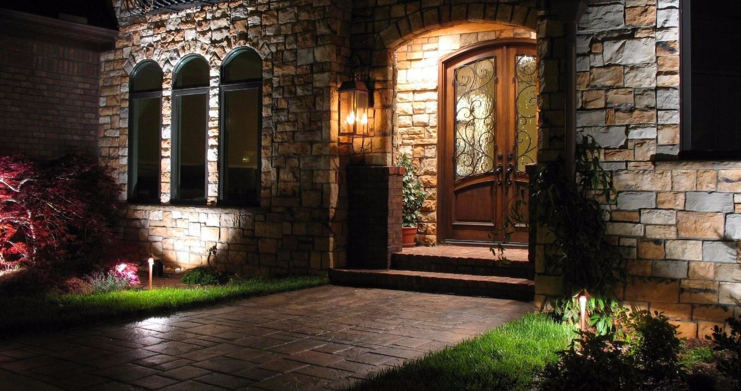 Entry Lighting by Castlelights
