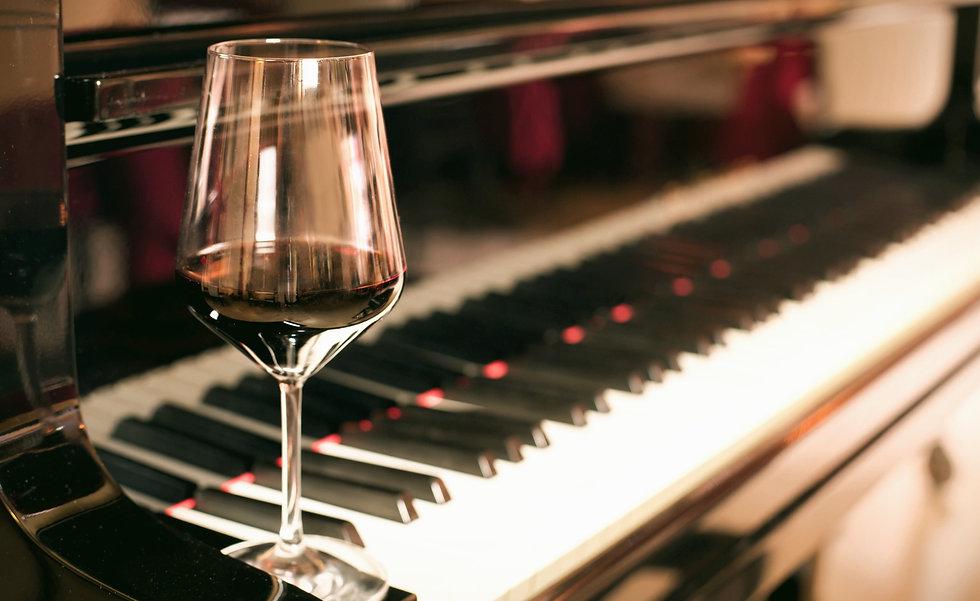 wine-piano_edited.jpg