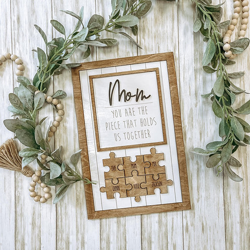 Mom Puzzle Sign