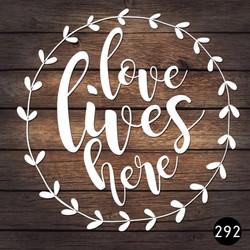 292 LOVE LIVES