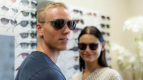 Herren- und Damensonnenbrillen