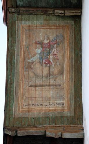 Mise au jour et restauration des décors peints sur les pans de l'avant-toit de l'église