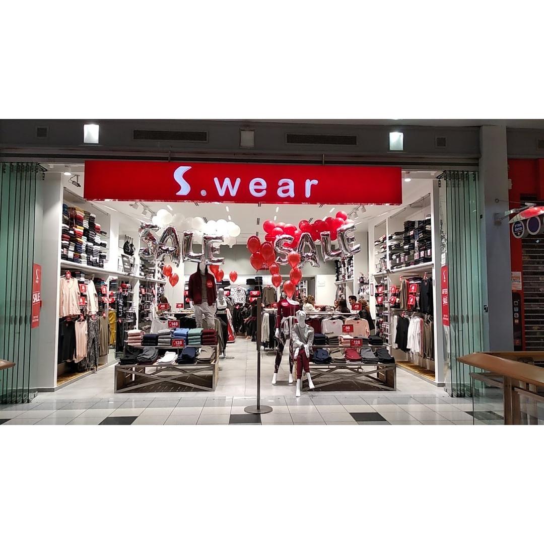 S-wear - חנות.jpg